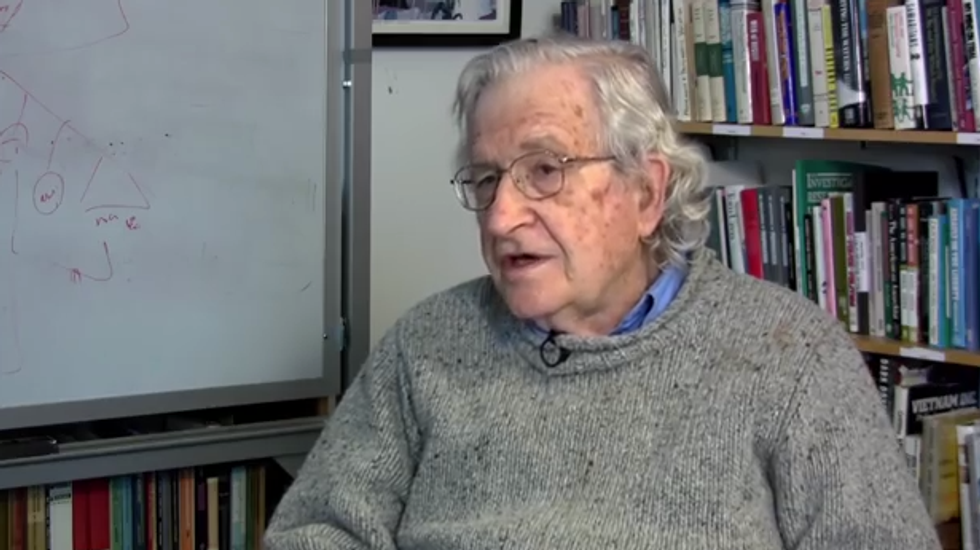 Noam Chomsky: The Tea Party is the 'petit bourgeois' face of corporate oligarchs