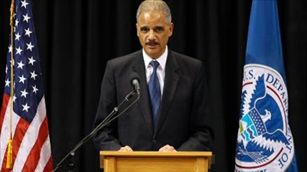 Atty. General Holder pushes to lift voting ban against ex-convicts