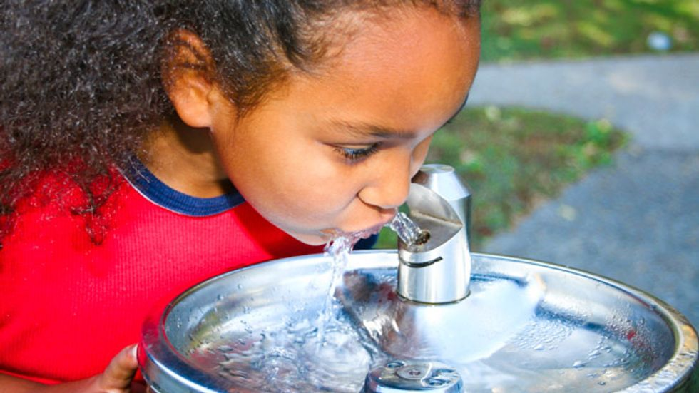 Portland schools to give students bottled water due to high levels of lead in water fountains