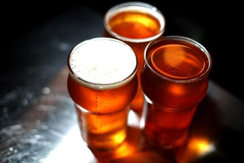 Health experts issue warning over online Neknominate drinking craze