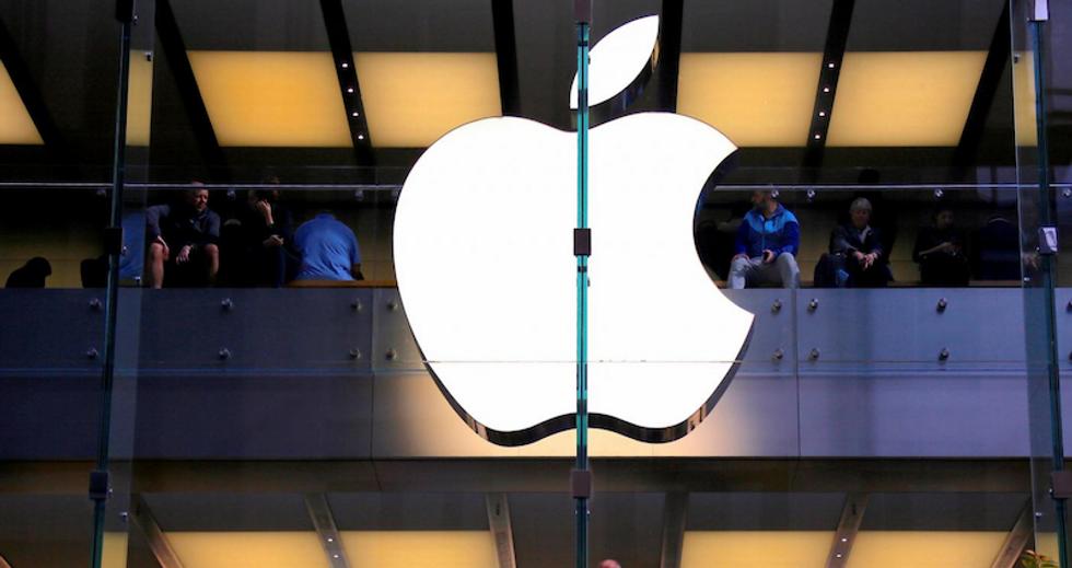 Apple loosens grip on iPhone repair work