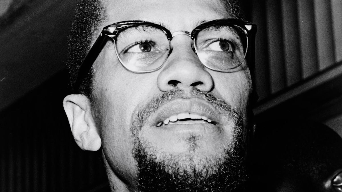 Family of Malcolm X claims officer's deathbed letter shows FBI and the cops were behind his murder