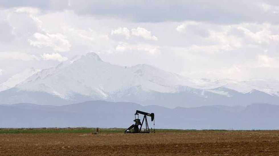 Colorado approves limits on air pollution from oil and gas drilling