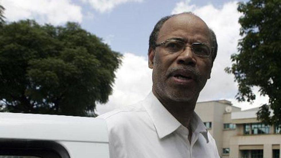Zimbabwe dismisses porn charge but still deports former Illinois congressman