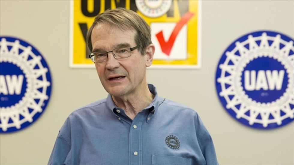 Tenn. auto workers accuse UAW of colluding with Volkswagen