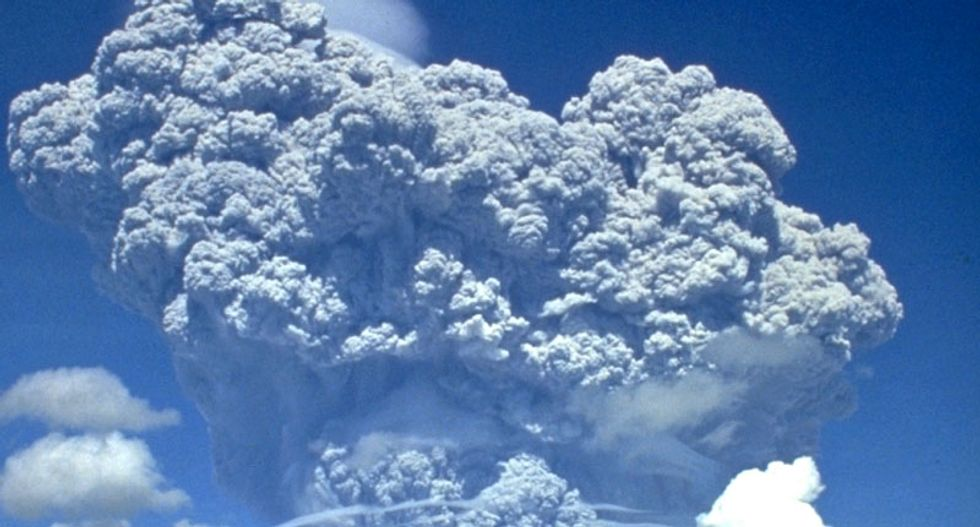 How a volcano hid the acceleration of sea level rise