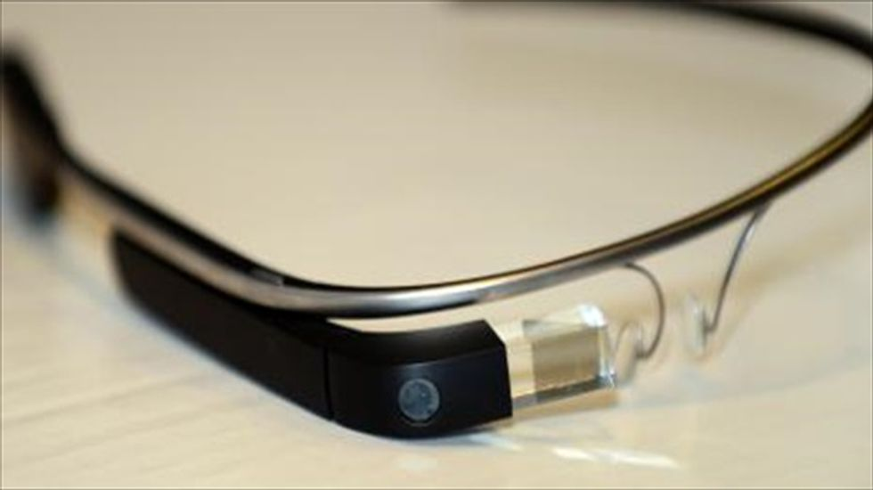 Google teams with Ray-Ban and Oakley for new round of 'Glass' designs