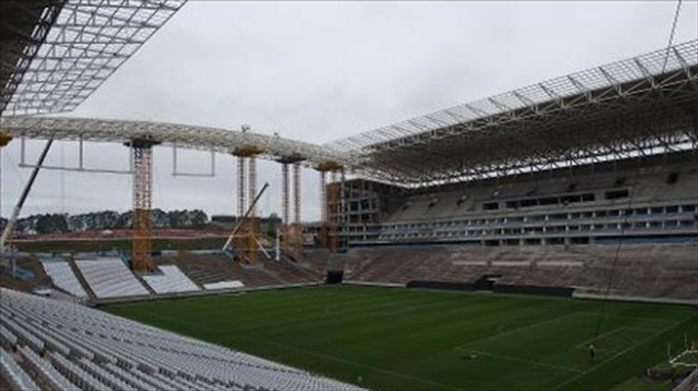 'Serious problems' continue to delay construction at Brazilian World Cup stadium