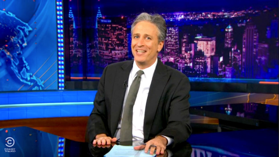 Stewart rips CNN's MH370 search: Have they looked 'up their own a**holes?' (Spoiler: Yes)
