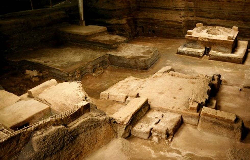 First human remains found in El Salvador's 'Mayan Pompeii'
