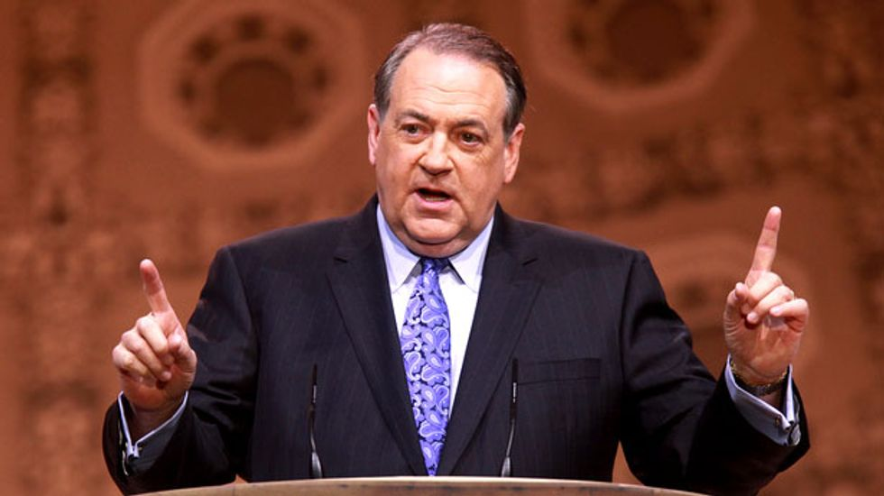 Mike Huckabee: 'God's blessing' will make me president to stop the atheist 'secular theocracy'