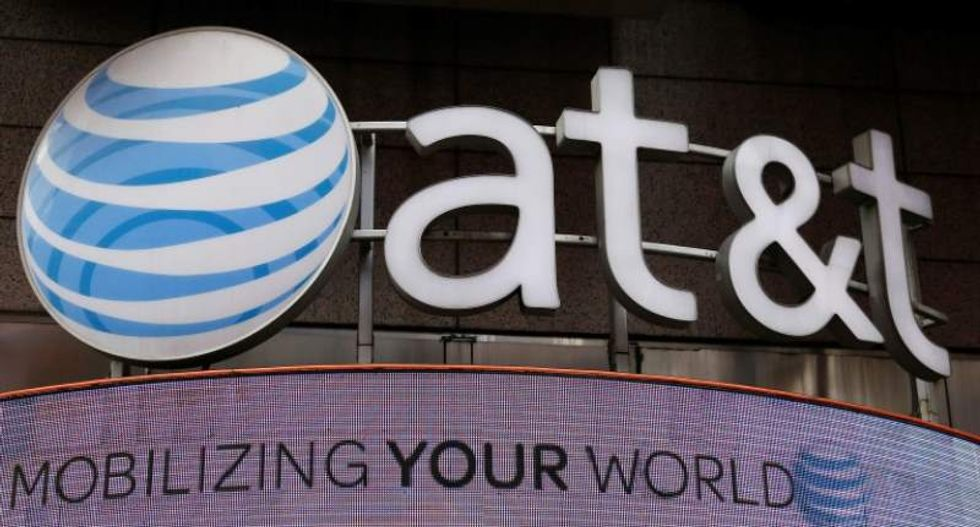 Federal court rejects lawsuit accusing AT&T of 'data throttling'