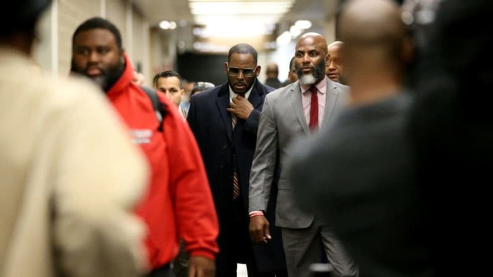 R. Kelly attorneys say he was attacked in jail -- and argue again for his release