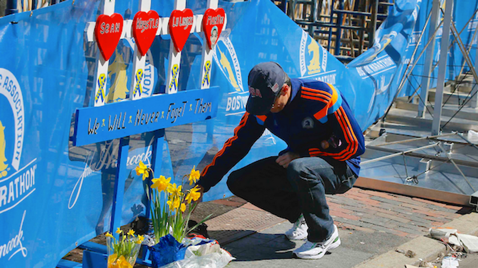 Boston Marathon to run second-largest field in history one year after tragedy