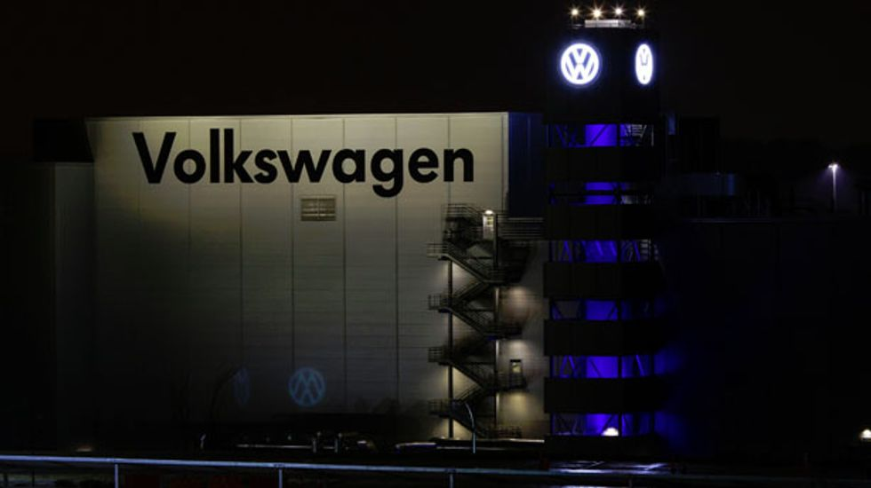United Auto Workers withdraws objection to lost election at TN Volkswagen plant
