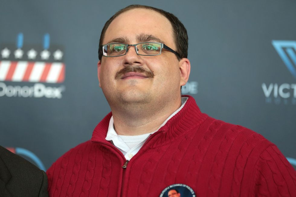 Infamous 2016 'undecided voter' Ken Bone still can't make up his mind