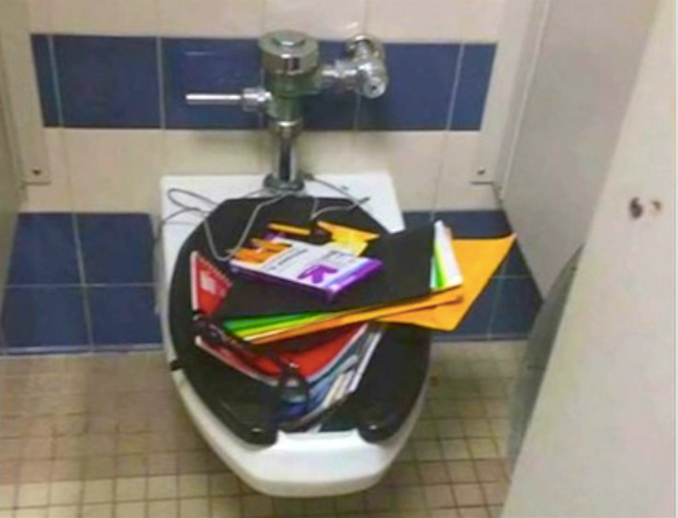 Internet slams Nebraska bullies who dumped deaf student's backpack in toilet after photo goes viral