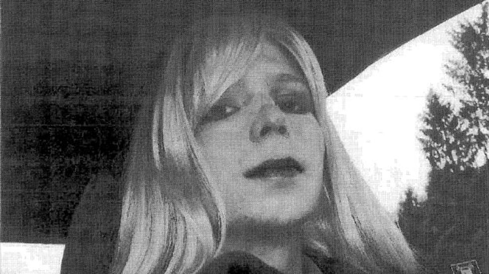 Judge approves Chelsea Manning name change request