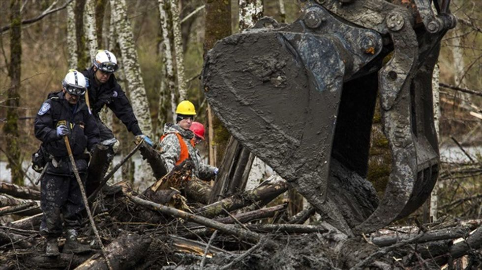 Washington county delays decision on building ban after deadly mudslide