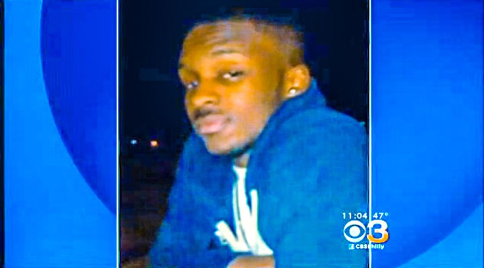 Plain-clothes Philly cops shoot hoodie-wearing pizza man who thought he was being robbed