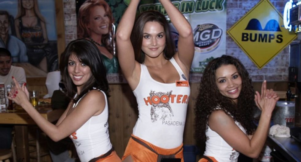 What's the psychological toll of being a Hooters waitress?