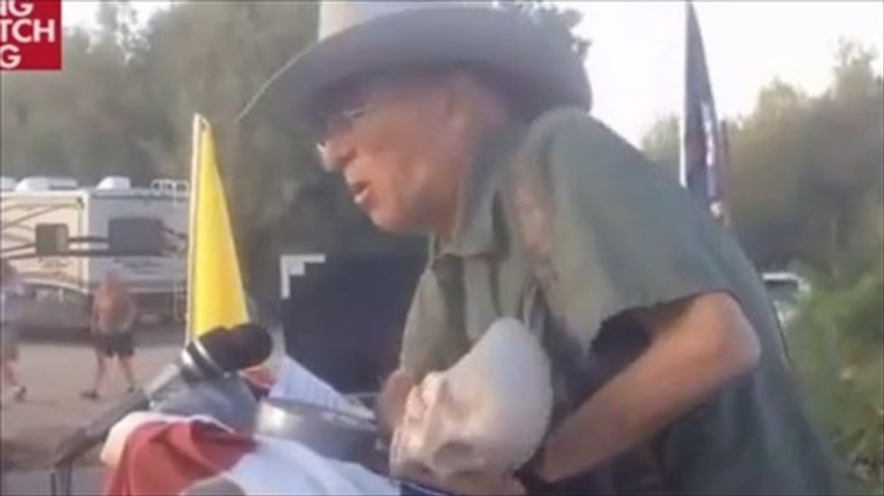 Militia leader threatens to rip Harry Reid's 'b*lls off' in speech to Cliven Bundy supporters