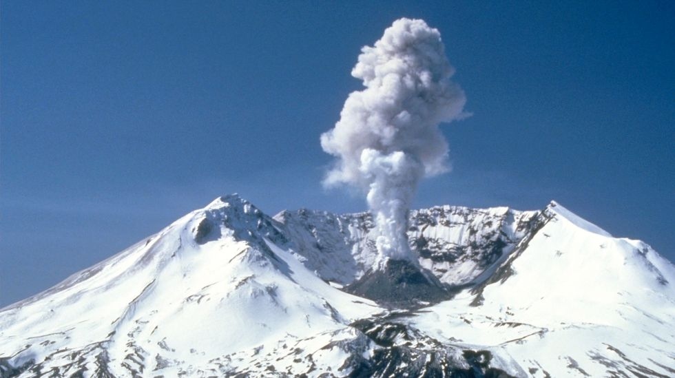 Magma rising in Washington state's Mount St. Helens volcano: USGS