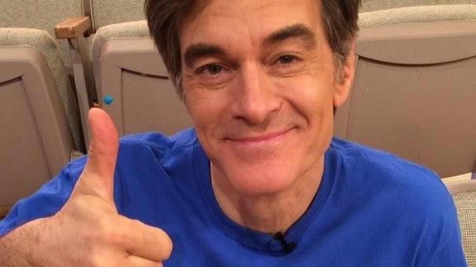 Science journalist mocks Dr. Oz's ironic war on 'scammers' who misuse his good name