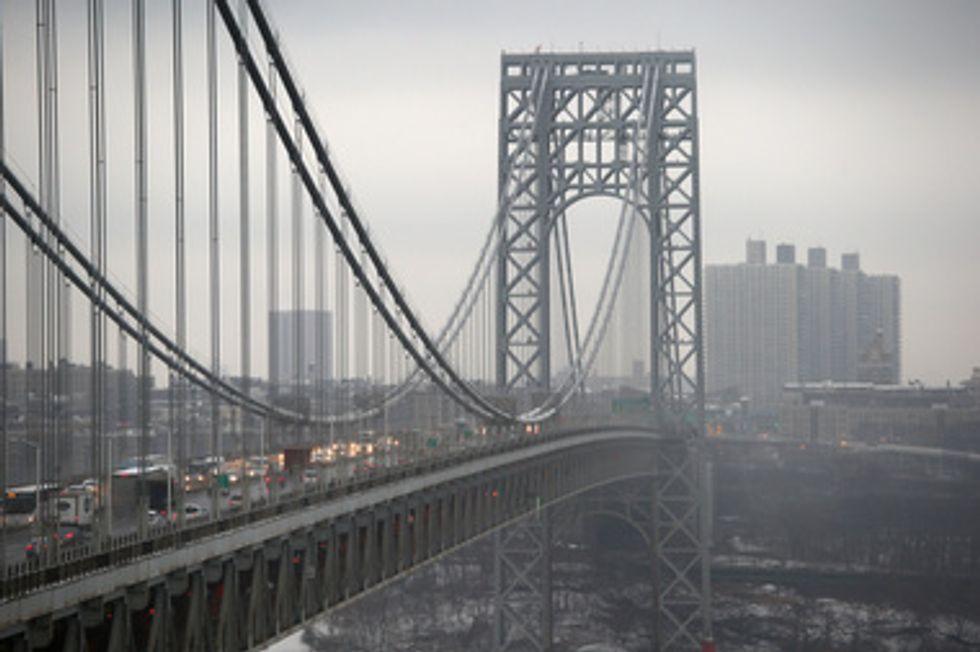 Police grab suicidal man from George Washington Bridge ledge, Port Authority says