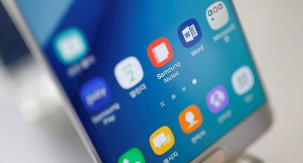 Airlines ban Samsung Galaxy Note 7 phones because they're fire hazards