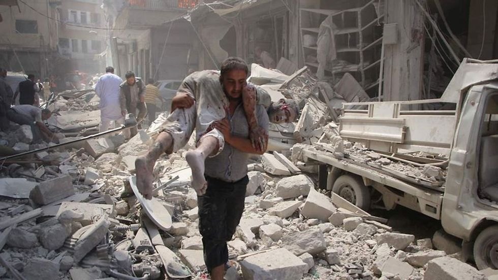 Syrian civilians being 'killed on spot' and 'burned alive' as Aleppo battle nears end