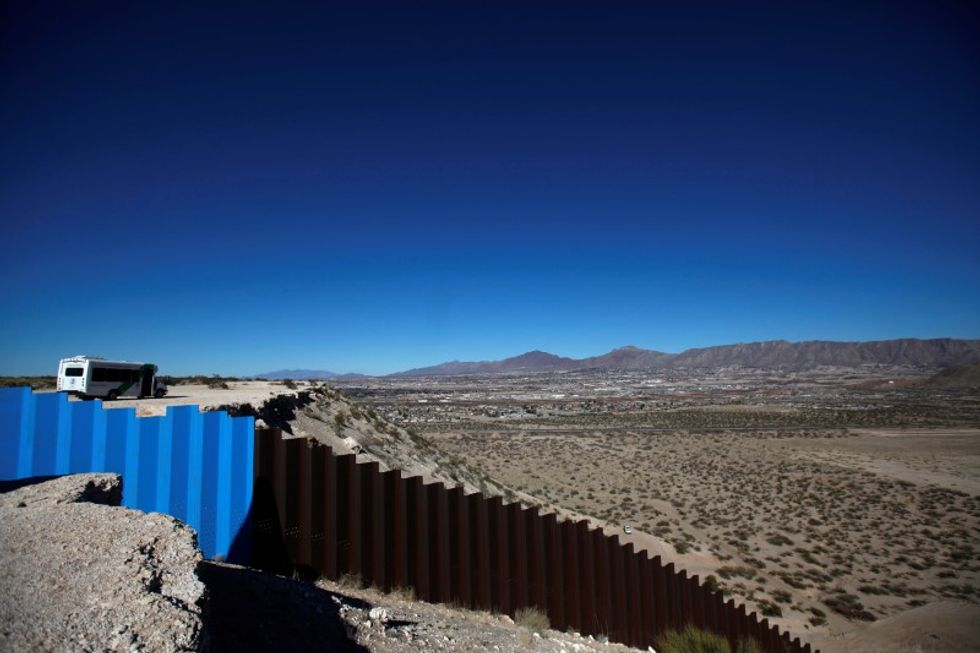 Conservatives attack proposed US border tax
