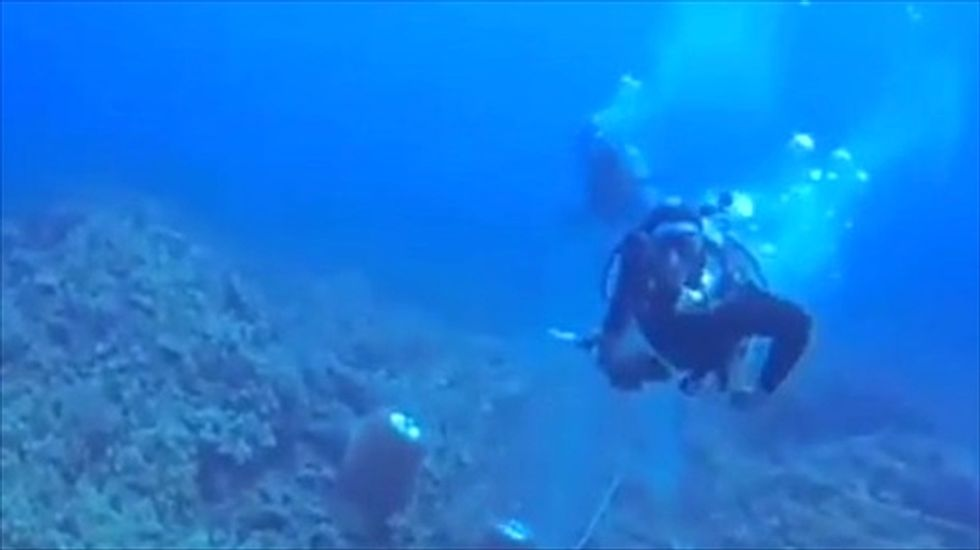 'Complete emotional snap': Scuba diver films her own assault underwater in Hawaii