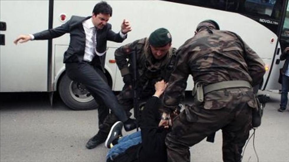 Fatal mine explosion spurs clashes between demonstrators and police in Turkey