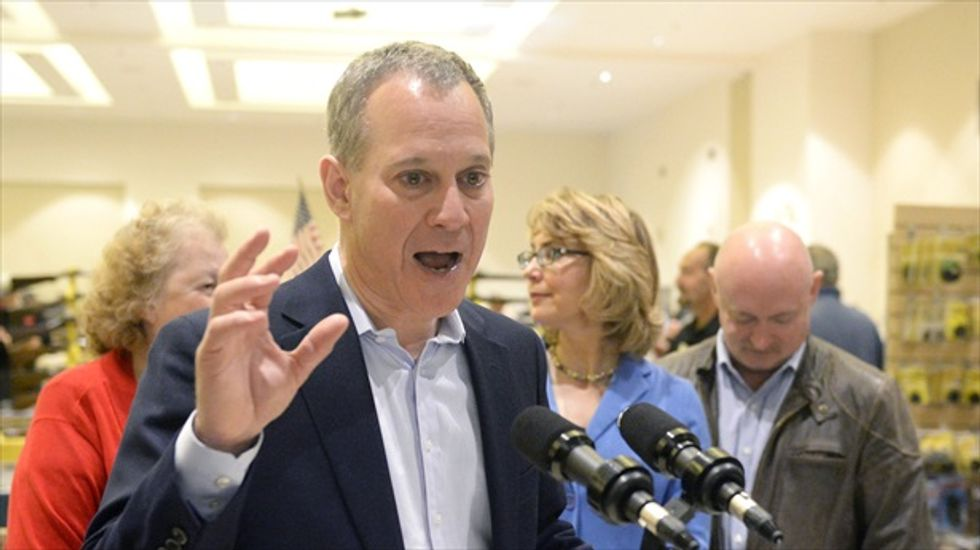 New York Atty. General Schneiderman pushing for banks to take over 'zombie houses'