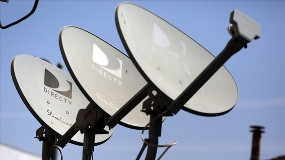 NFL deal might be last-minute obstacle in AT&T's bid to buy DirecTV
