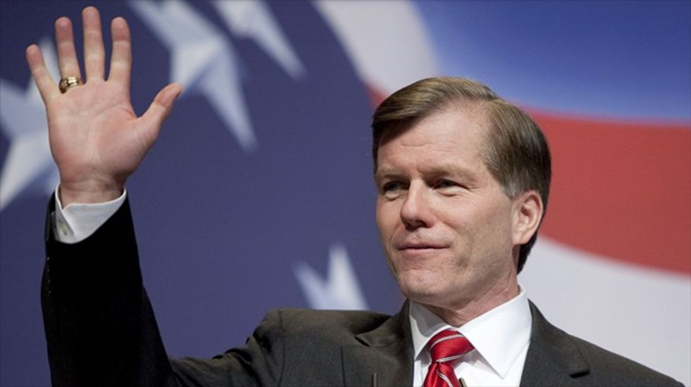 Federal judge keeps corruption charges against ex-Virginia Gov. McDonnell and wife