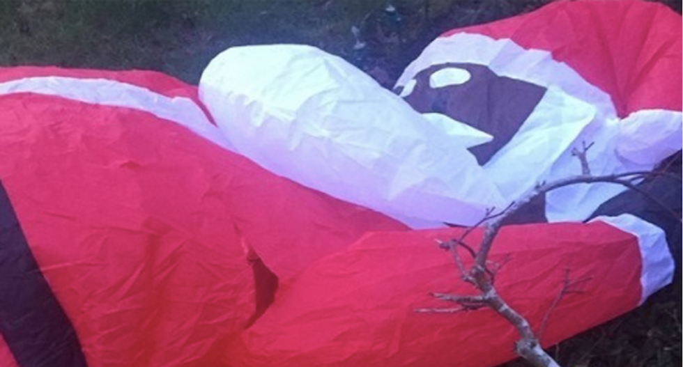 Being Santa while black apparently led to the destruction of this family's Christmas decoration