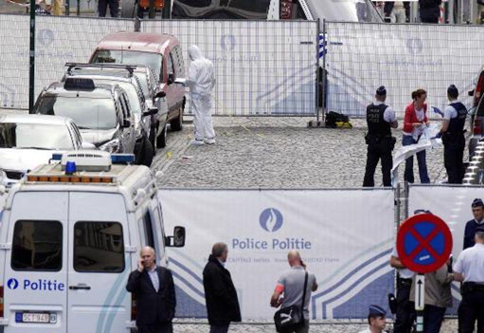 Belgium hunts Jewish museum gunman amid fears of anti-Semitism
