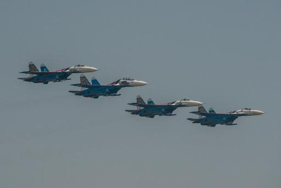 China fighters in 'dangerous' brush with Japanese planes