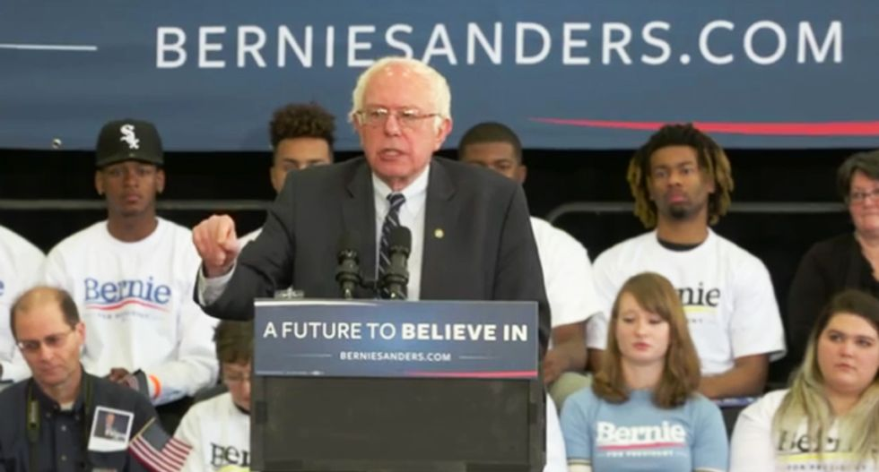 Bernie slams tax-dodging Walmart heirs: They 'thank you for paying taxes' so they don't have to