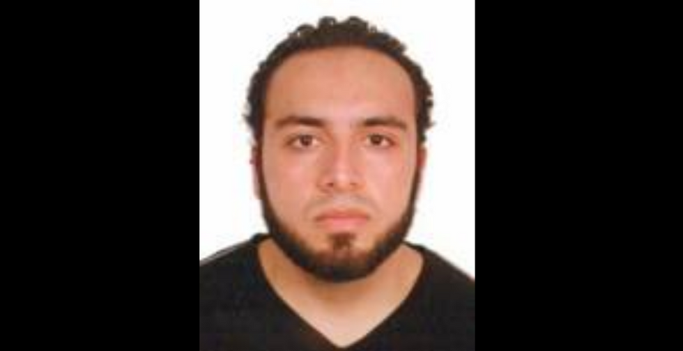 Father of New York-area bombing suspect reported son to FBI in 2014