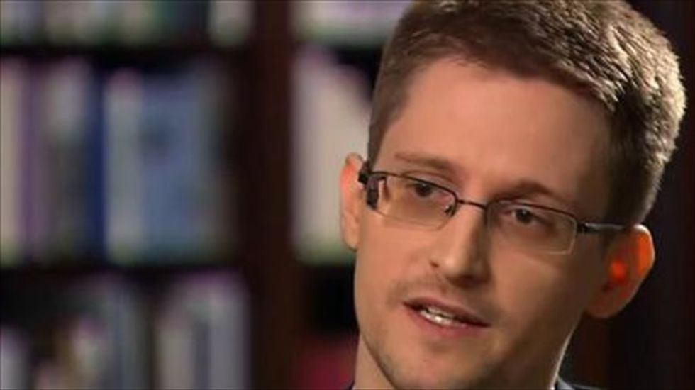 Edward Snowden's NSA whistleblowing story to be filmed by Oliver Stone