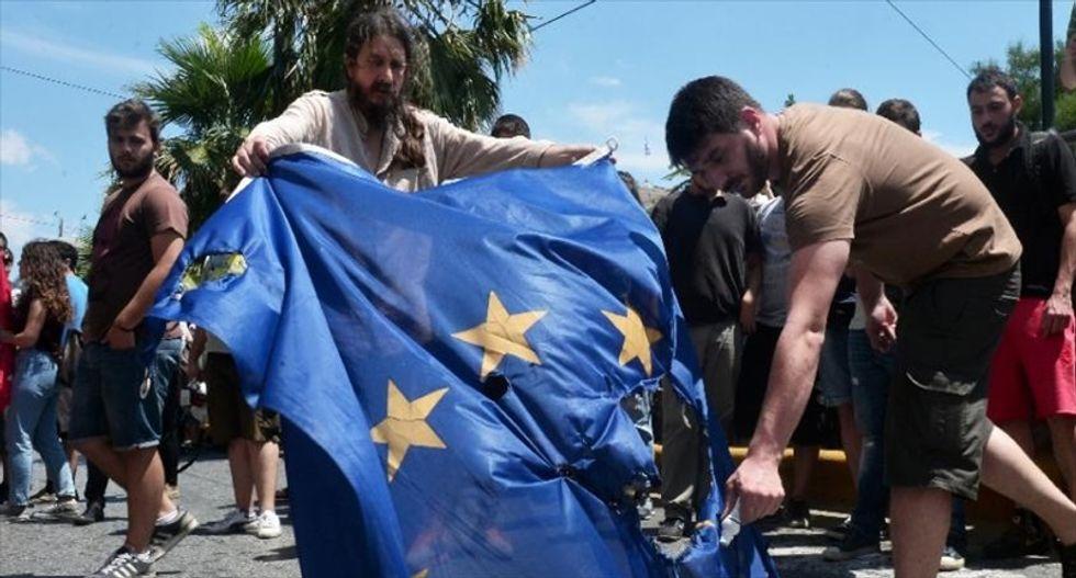 As bailout vote looms, an increasingly desperate Greek electorate wavers