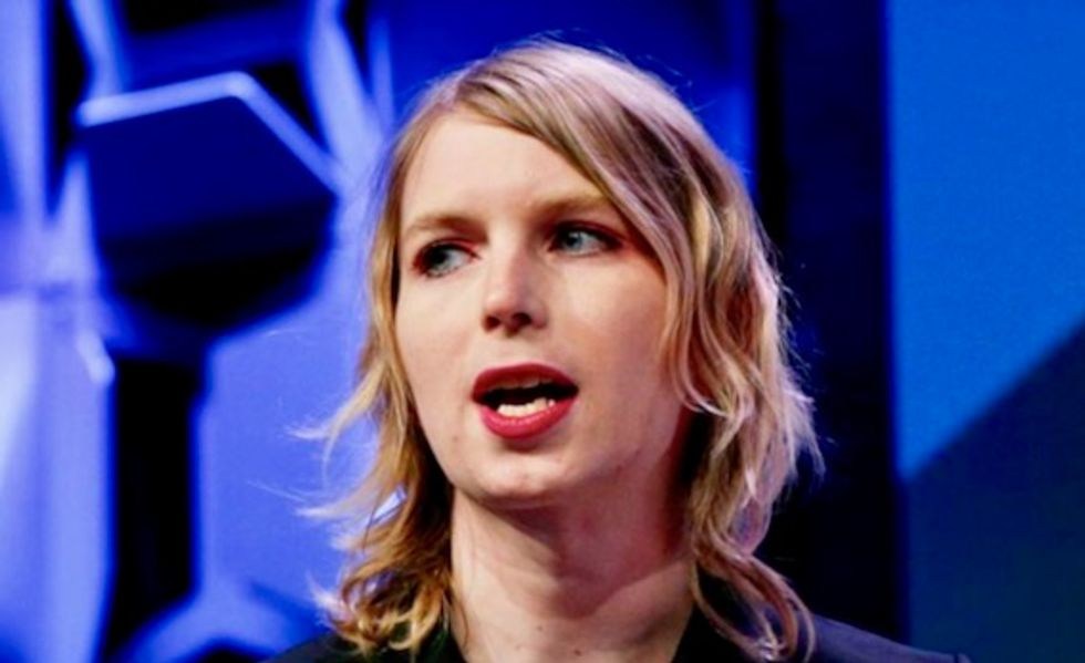 Chelsea Manning freed from jail in US contempt case
