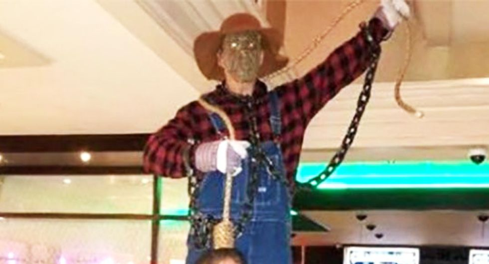 Noose at New Jersey bar's Halloween costume party sparks call for boycott