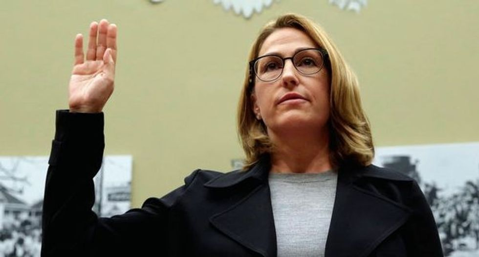 US lawmakers blast Mylan CEO over 'sickening' EpiPen price hikes