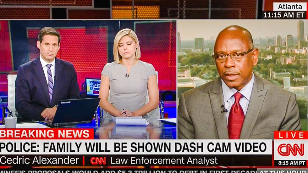 Ex-police chief scolds CNN for blaming Charlotte police shooting on victim's 'criminal past'