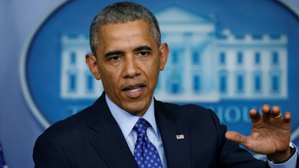 Obama extends family leave rights of legally married same-sex couples