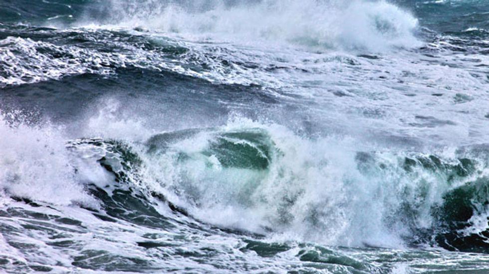 Tsunami warning issued after 8.0 Aleutian Islands quake